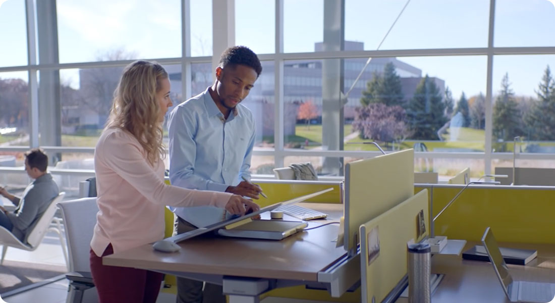 Quand Microsoft imagine un studio de création avec Steelcase - Featured
