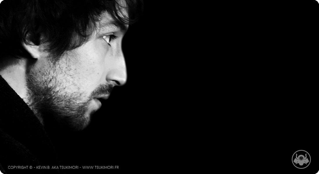 Autoportrait en Noir et Blanc - Tsukimori - Featured